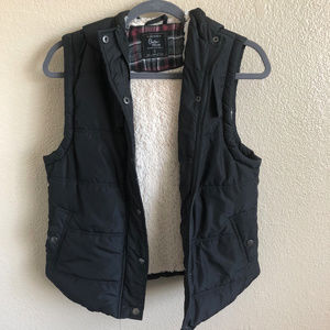 Cotton On - Hooded Puffer Vest Outerwear